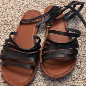 AE Black Sandals size 10. Never worn